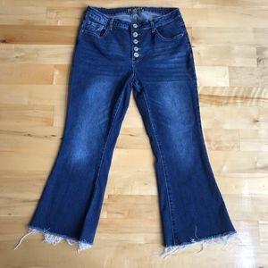 Rue21 Button Fly Fray Hem Ankle Jeans Size 12